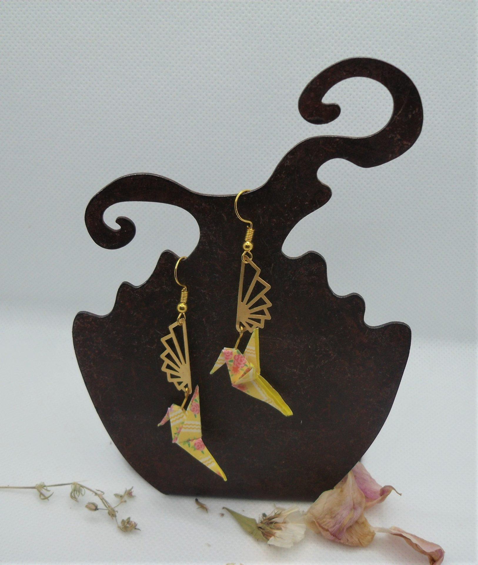 BOOco6 - 25€ - Boucles d'Oreilles Origami colombe - Miskatonic Shop