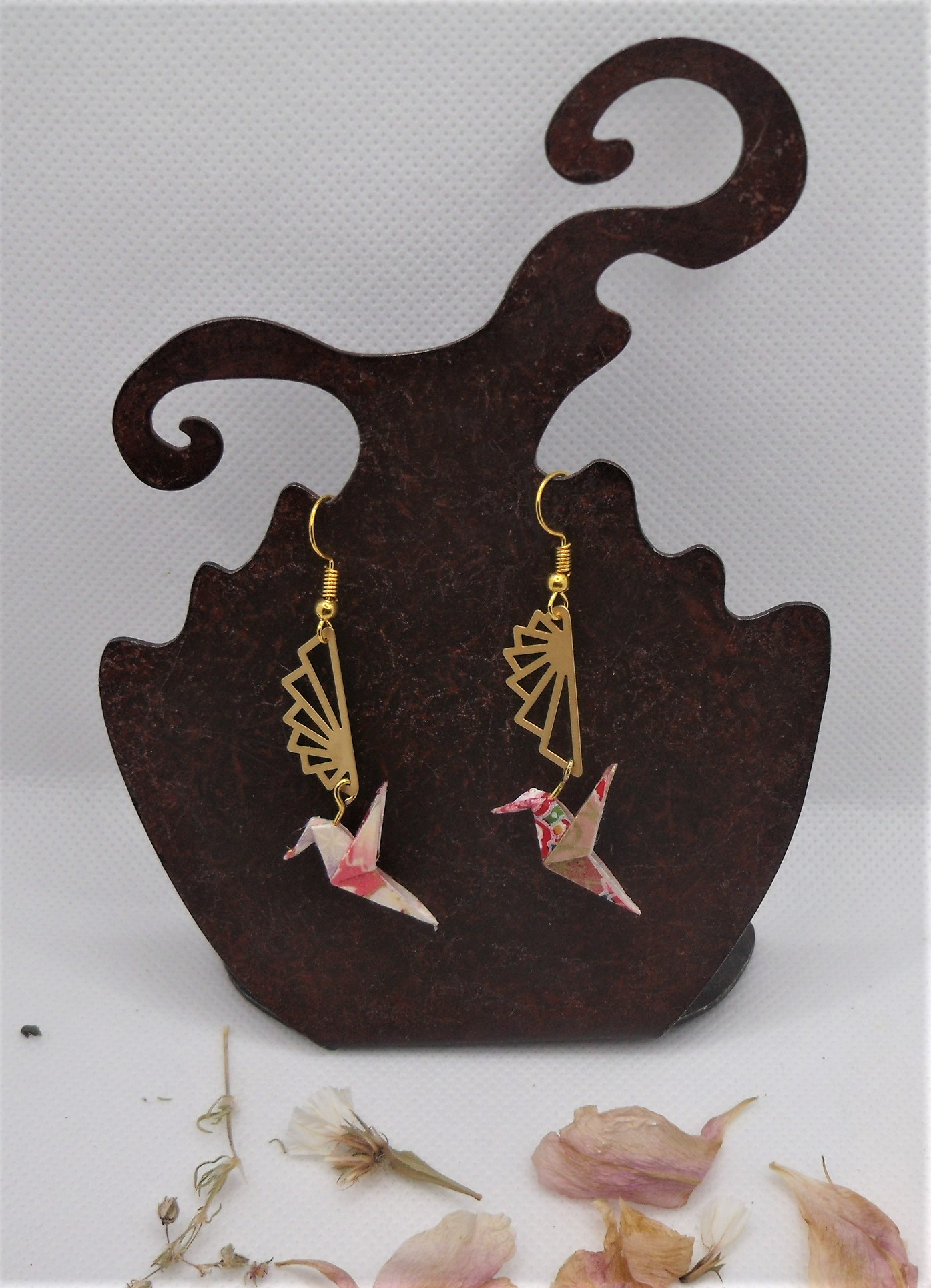 BOOco9 - 25€ - Boucles d'Oreilles Origami colombe - BadHairDays