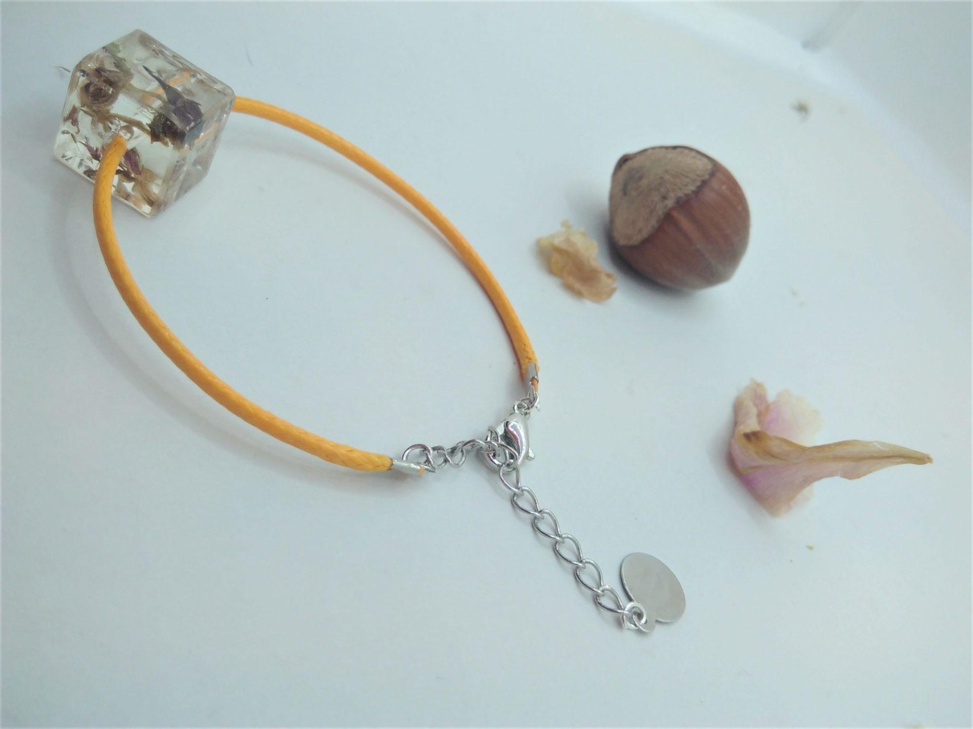 Bcf10 - 18€ - bracelet cube fleurs